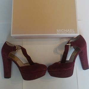 Michael Kors Haven Ankle Strap in Cinnabar size 6
